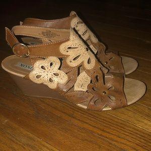 Xoxo Serena wedge sandals